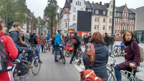 fahrraddemo marburg stadthalle